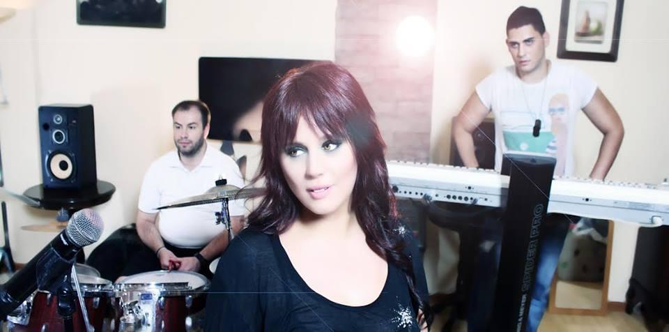 Aleksandra Aleksic i Alter Ego bend snimaju spot-makeup podršku rade studenti Akademije