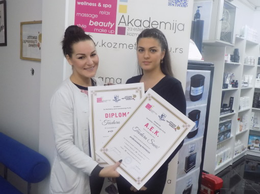 Teodeora Savić, akademski kurs profesionalnog šminkanja