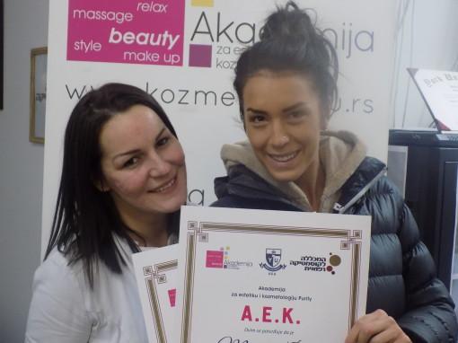 Monika Ćirić, akademski kurs za profesionalno šminkanje