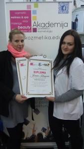 Jovana Kragović, akademski kurs profesionalnog šminkanja