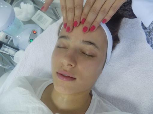 Sve o higijenskom tretmanu lica i komedoekspresiji