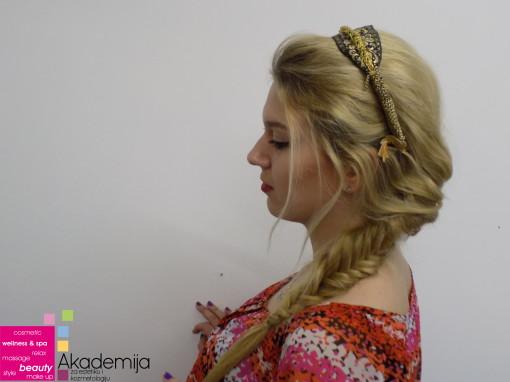 FRIZURE KROZ EPOHE – sa nastave na predmetu Stilizovanje frizure na smeru Makeup artist