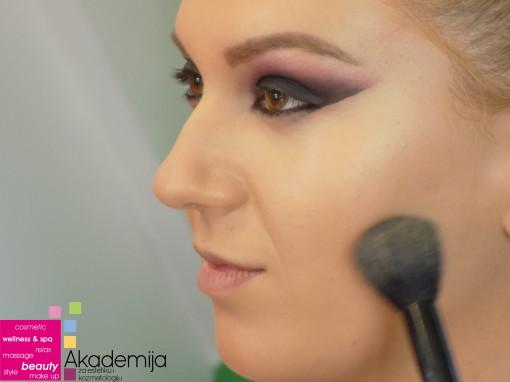 ŠMINKA ZA VEČE – sa nastave na predmetu Scenska šminka