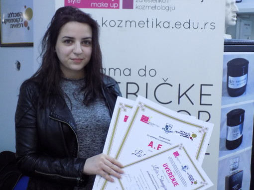 Lola Stanojević, akademski kurs za profesionalne šminkere