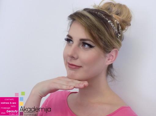 ŠMINKA IZ ŠEZDESETIH – praktična nastava, studenti druge godine smera Makeup artist
