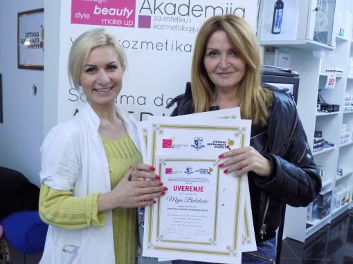 Maja Bulatović, akademski kurs za frizera, nadogradnju noktiju i japansko iscrtavanje obrva