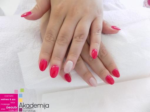 OVALNI NOKTI – sa nastave na kursu Nadogradnja noktiju sa nail art-om