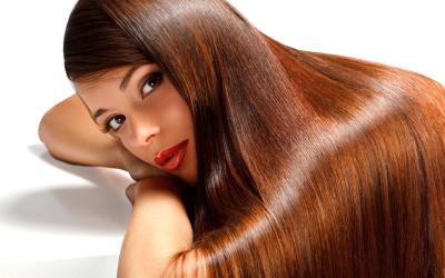 Kako sprečiti kovrdžanje kose od vlage