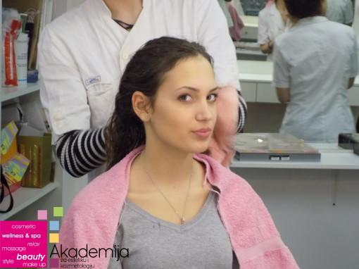 Kako da regenerišete kosu