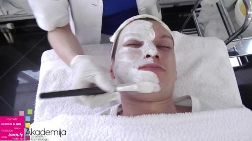 Kako se radi tretman za izbeljivanje lica