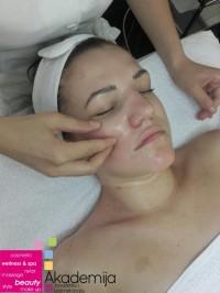 LIFTING MASAŽA LICA – tretman za zatezanje i podizanje lica