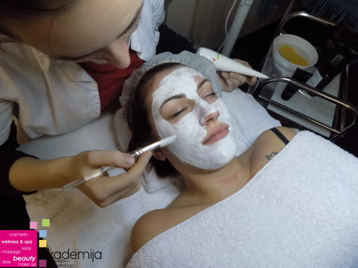 OSVEŽENJE LICA MASKOM – tretman sa nanotehnološkom Purity kozmetikom