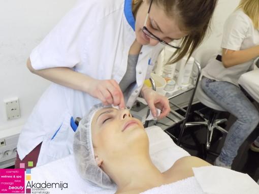 OSNOVE HIGIJENSKOG TRETMANA – sa trećeg časa na kursu za kozmetičare