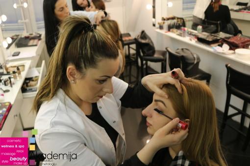 PROFESIONALNA ŠMINKA NA ISPITU – kurs tehnike šminkanja lica
