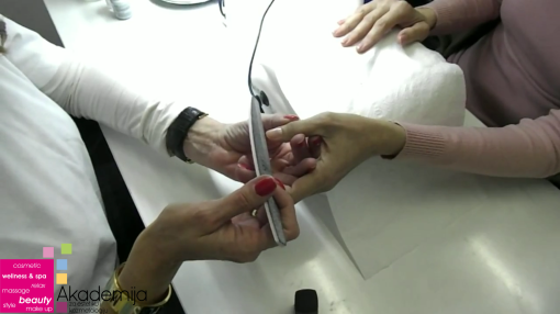Kako imati duže nokte