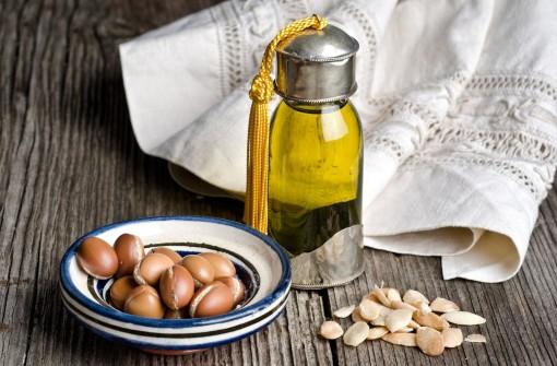 UPOTREBA ARGANOVOG ULJA – izuzetno zdrava i praktična materija