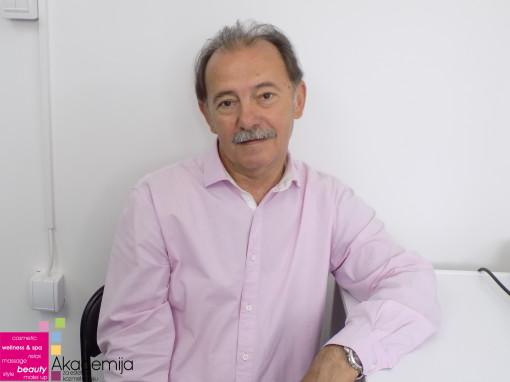 PREDSTAVLJAMO VAM: Dragoljub Jeremić, profesor na Akademiji Purity
