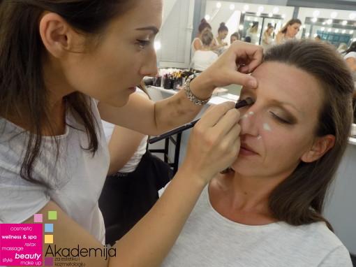 Bojana Vulović Panić, akademski kurs profesionalnog šminkanja i scenske šminke